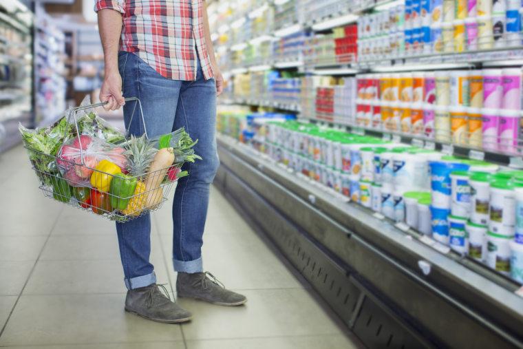 Man buying grocery