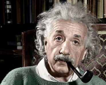Einstein's Riddle Game Explained
