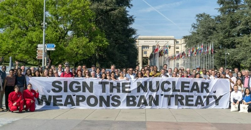 Ican ban nuclear weapon